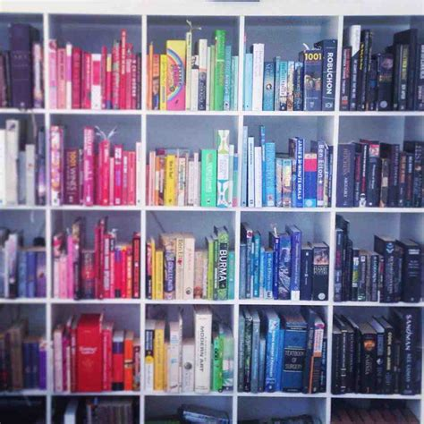 my bookshelf colour gradient mildlyinteresting