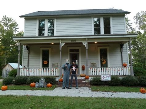 myers house pin by kelly olichwier deal on halloween images pinterest
