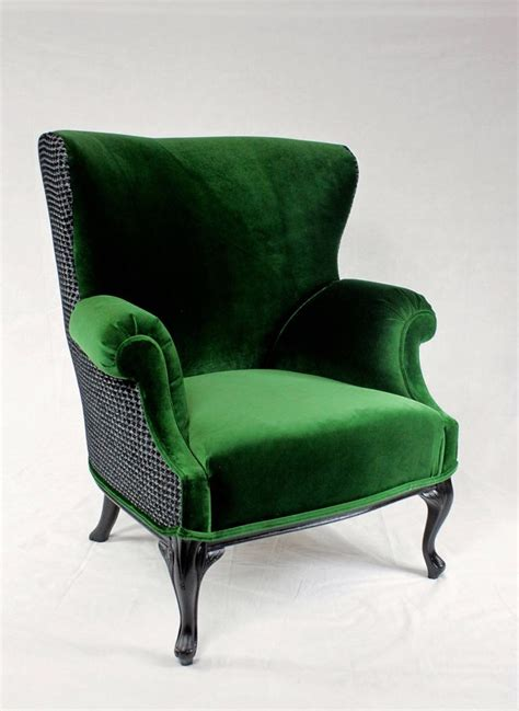 emerald green velvet wingback chair 936 best chair redo images on armchairs chair