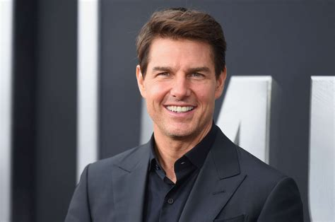 Tom Cruise families of the stunt pilots who died on set of new
