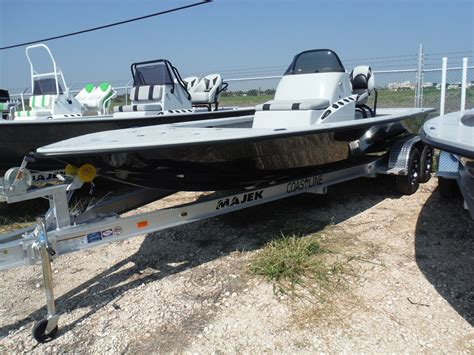 majek boats for sale craigslist majek 25 xtreme vehicles for sale