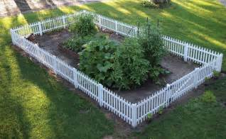 my renovated farmhouse how to build a picket fence