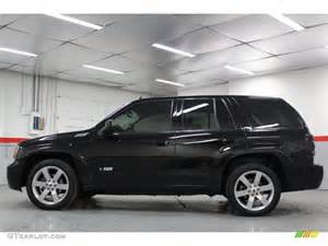 black 2007 chevrolet trailblazer ss exterior photo