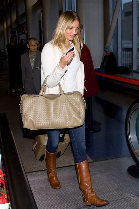 Cameron Diaz Steps Out With Purse by Cameron Diaz Leather Tote Cameron Diaz Tote Bags Looks