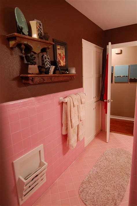 Pink And Brown Bathroom Ideas by 17 Best Ideas About Pink Bathroom Tiles On