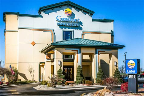 comfort inn and suites springfield mo comfort inn suites springfield i 44 coupons springfield