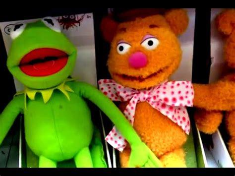 mirror movie clip fozzie bear kermit the frog kermit the frog fozzie bear from the muppet movie plush