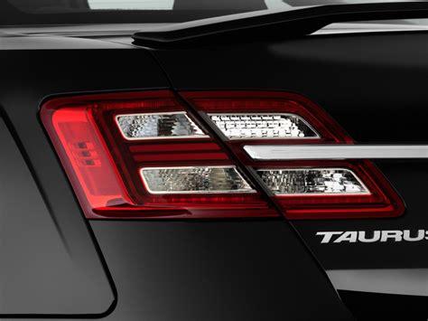 2014 ford taurus light image 2014 ford taurus 4 door sedan sho awd light
