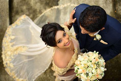 Studio Wedding Photos by Sri Lankan Traditional Wedding Photography Www Pixshark