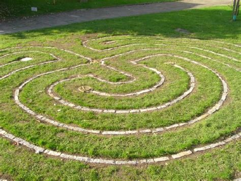 build a backyard labyrinth backyards file and labyrinths