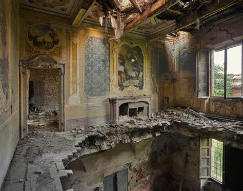 housing around the world capturingmoments2 urban explorer s haunting pictures of abandoned buildings