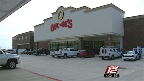 buc ee s opens store in new braunfels