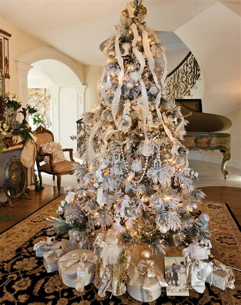 tabletop tn volunteer christmas tree decor ideas from a chattanooga home