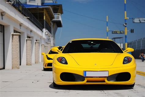 safest car color what does the colour of your car say about you