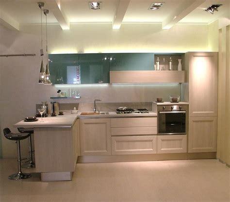 mensole rovere grigio oltre 25 fantastiche idee su cucine in rovere su