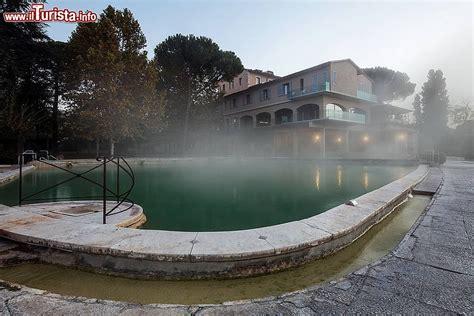 terme bagno vignoni hotel stabilimento albergo posta marcucci alle terme foto