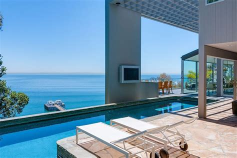 modern malibu house rooms with a view