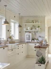 Kitchen Decor Idea 31 Cozy And Chic Farmhouse Kitchen D 233 Cor Ideas Digsdigs