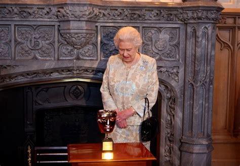 film queen elizabeth ii queen elizabeth ii photos stars join queen to celebrate