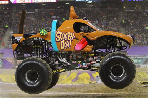 monster jam dog monster jam scooby doo bing images