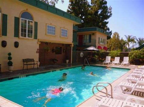 pool picture of quality inn suites anaheim resort