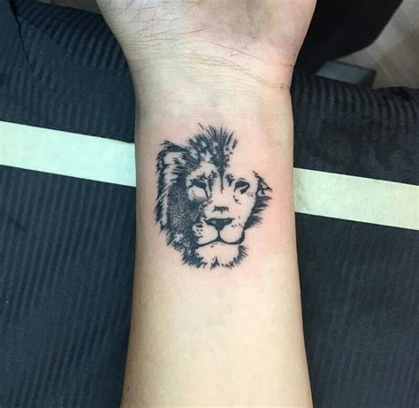 tatuajes pinterest mejores tatuajes peque 241 os para hombres de leon tatuajes
