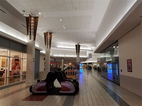 empty hallways picture of liberty tree mall danvers