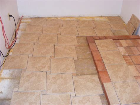 Laying Ceramic Floor Tile Floor Tile Patterns Casual Cottage