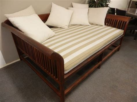 day bed headboards buyers guide for modern day bed jitco furniture