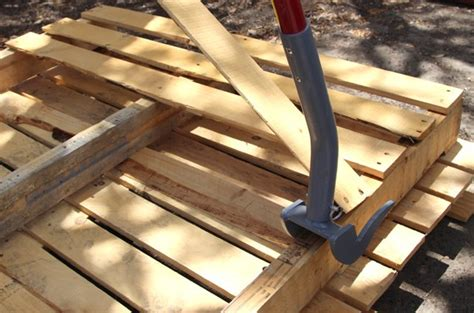 Basement In San Diego by Hometalk Diy Stenciled Pallet Wood Floor Doormat