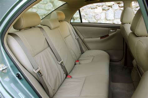 how make cars 2006 toyota corolla seat position control 2006 toyota corolla le rear seats picture pic image