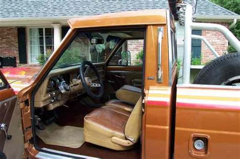 Jeep J10 Interior 79goldeneagle 1979 Jeep J10 Honcho Specs Photos