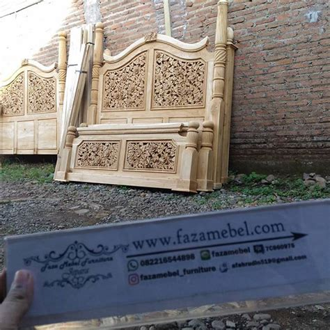 Dipan Ukir Kayu Jati dipan ukir kayu jati mewah faza mebel furniture jepara pusat mebel jepara harga mebel