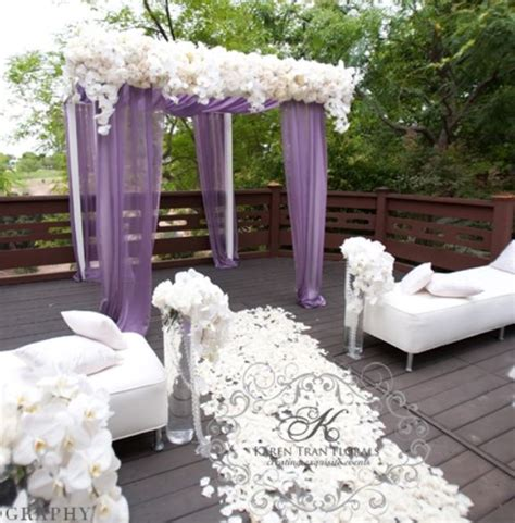 Lilac And Purple Wedding Decorations by 25 Best Ideas About Purple Wedding Themes On