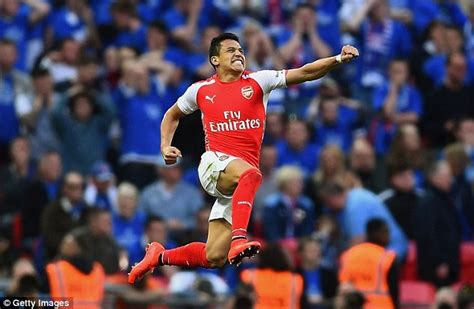 alexis sanchez last season stats arsenal star alexis sanchez disappointed after okay