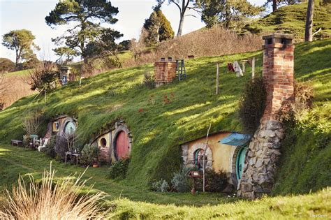 the hobbiton movie set new zealand world for travel hobbiton matamata new zealand hobbiton village guide
