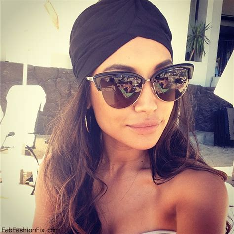 Alba Luxy Black style guide how to wear and style bandanas this summer
