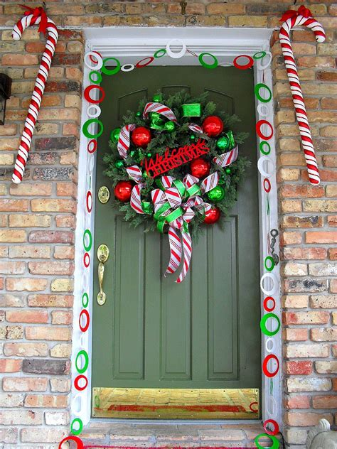 winning christmas door ideas 50 best door decorations for 2018