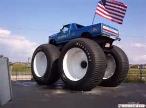 bigfoot 8 truck bigfoot truck 8 thethrottle