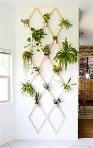 Indoor Wall Planter by 16 Diy Wall Planters Teach You How To Greenify Your Home
