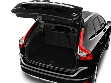 image  volvo xc  fwd inscription trunk size    type gif posted