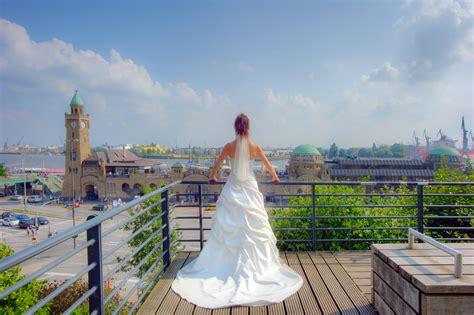 Hochzeit Hamburg by Braut Hamburger Hafen Feierninhamburg De