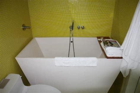 badewanne für babys deko eckwannen kleine b 228 der eckwannen kleine b 228 der or