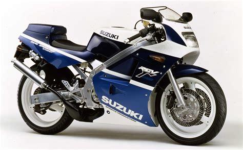 Suzuki Motorcycles Dealers Uk A Closer Look At Team Classic Suzuki S Vintage Parts
