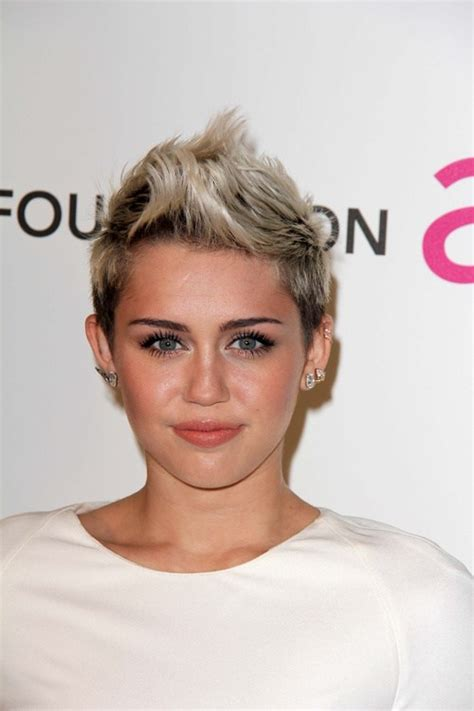 whats the name of the haircut miley cyrus usto have
