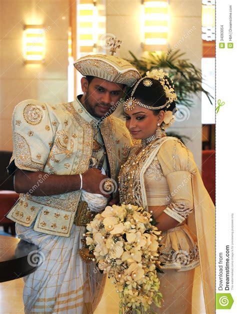 Braut Und Br Utigam by Braut Und Br 228 Utigam In Sri Lanka Redaktionelles Stockbild