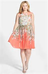 dresses to wear to weddings 10 dresses you ll want to wear to every summer wedding