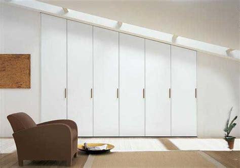 armadio su misura mansarda armadio su misura per camere in mansarda realizzato con