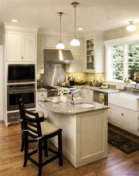 small square kitchen design best 25 square kitchen layout ideas on pinterest square