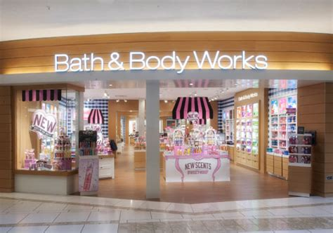 Stores That Sell Bathtubs by Bath Works International Plaza And Bay
